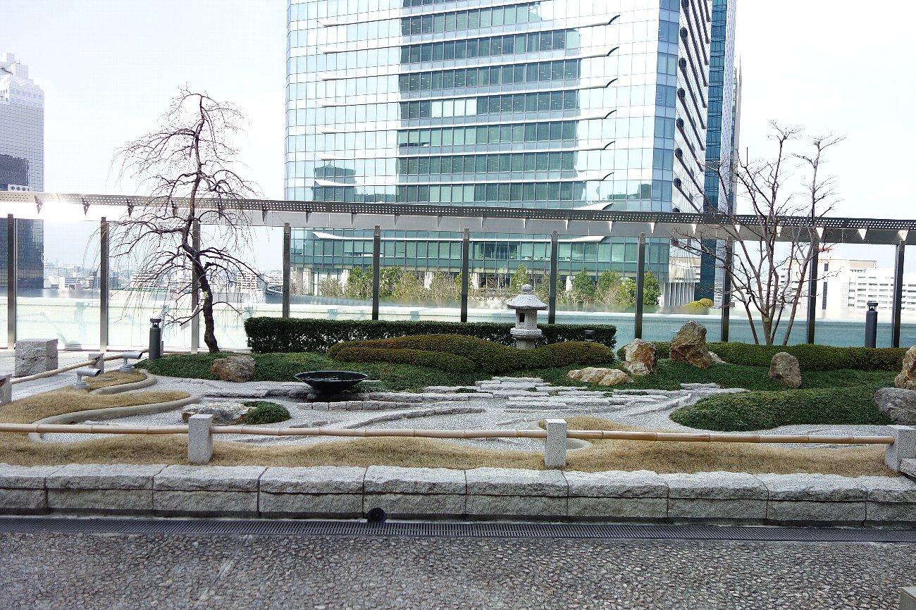 大阪ステーションシティ 和らぎの庭_c0112559_08155395.jpg