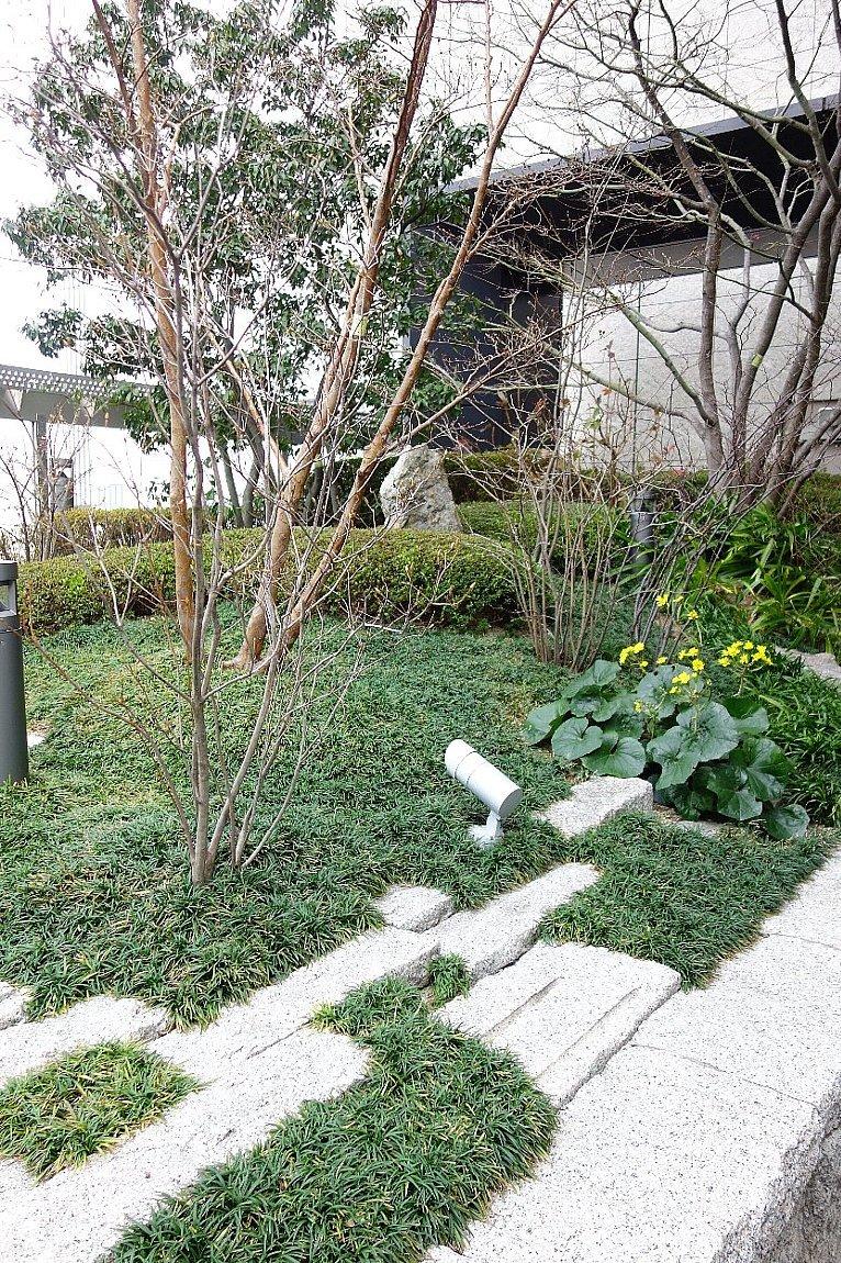 大阪ステーションシティ 和らぎの庭_c0112559_08175841.jpg