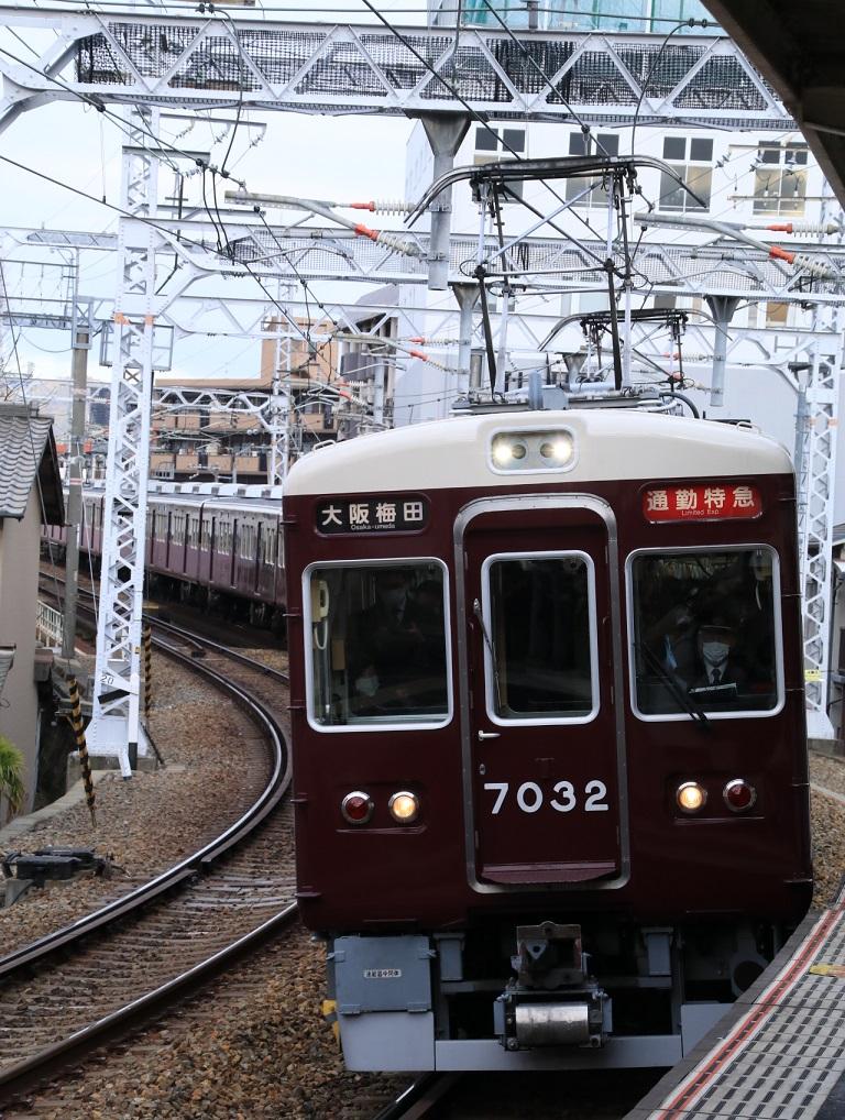 阪急7000系 7032F_d0202264_855235.jpg