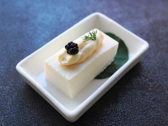 クリームソースの豆腐前菜_e0148373_22152621.jpg