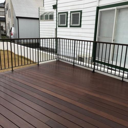 wood deck+iron handrail_b0239082_18000174.jpg
