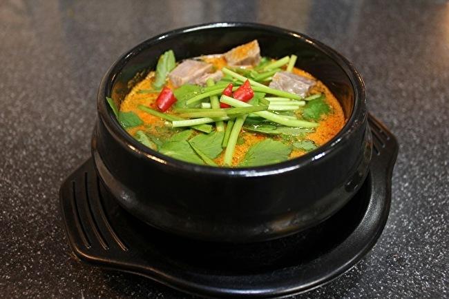 今さらまじめに韓国料理シリーズ こってり濃厚スンドゥブチゲ編_a0223786_16104612.jpg