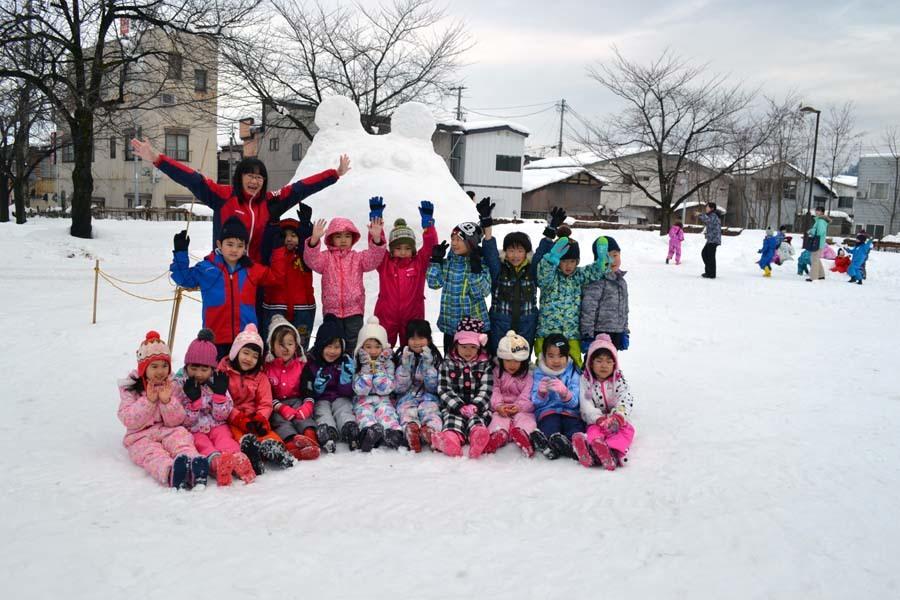 今日は、楽しみにしていた「園児雪まつり」です。_d0353789_12073642.jpg