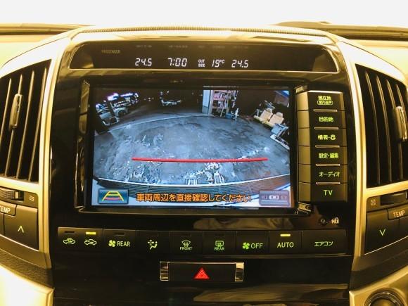 2月18日(火)ランドクルーザー200 4.6ZX 4WD BRANEWフルエアロ 有ります!!ランクル ハマー エスカレードならTOMMY_b0127002_19381942.jpg