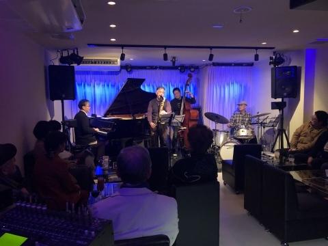 広島 Jazzlive Cominジャズライブカミン   本日火曜日のライブ_b0115606_12335094.jpeg