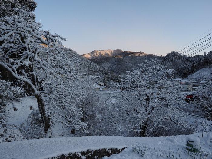 さぶやま方面の雪景色_c0116915_23343739.jpg