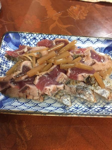 いなり寿司とカツオタタキ_f0101128_10030716.jpg