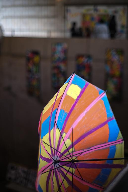 一足早く開花した美術館の雨傘_f0265234_22263927.jpg