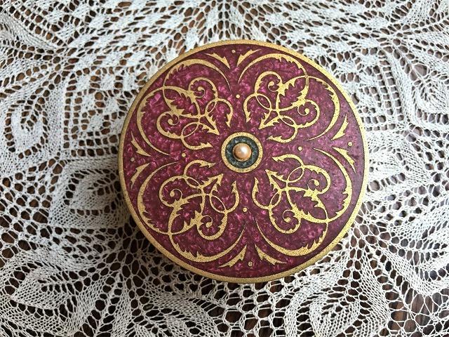 メタル円筒宝石箱_f0112550_07034955.jpg