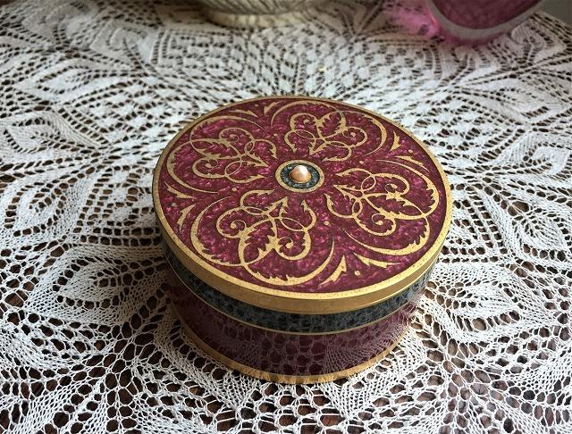 メタル円筒宝石箱_f0112550_07034996.jpg