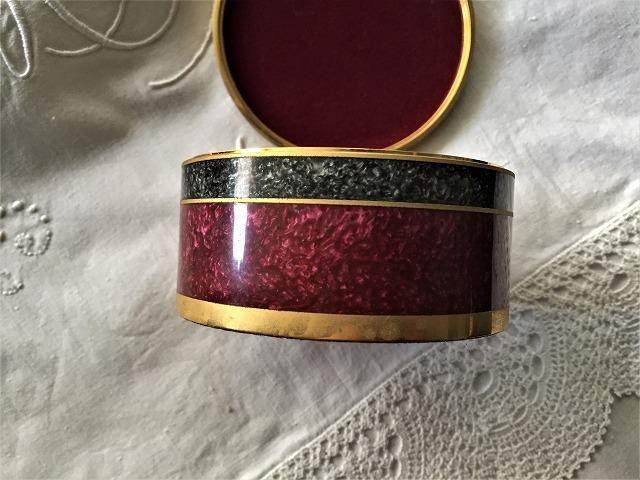 メタル円筒宝石箱_f0112550_07035039.jpg
