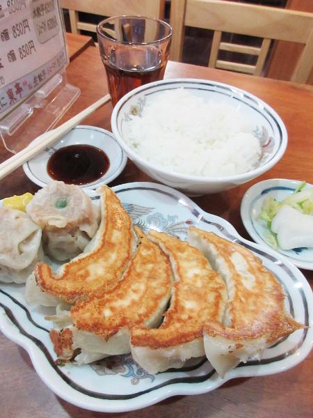 餃子専門 東亭_c0152767_17024238.jpg