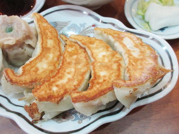 餃子専門 東亭_c0152767_17043244.jpg