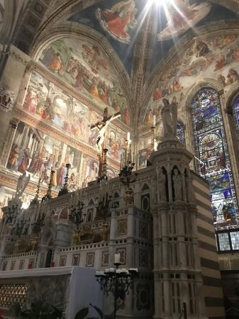 サンタ・マリア・ノヴェッラ教会へ_a0136671_01443706.jpeg