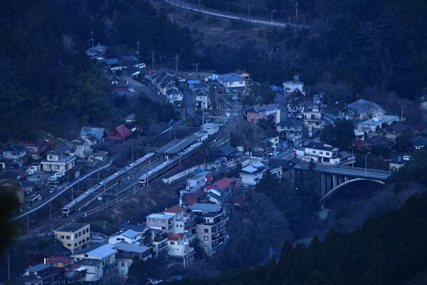 木造駅舎47・夕暮れの御嶽駅_f0173596_11270325.jpg