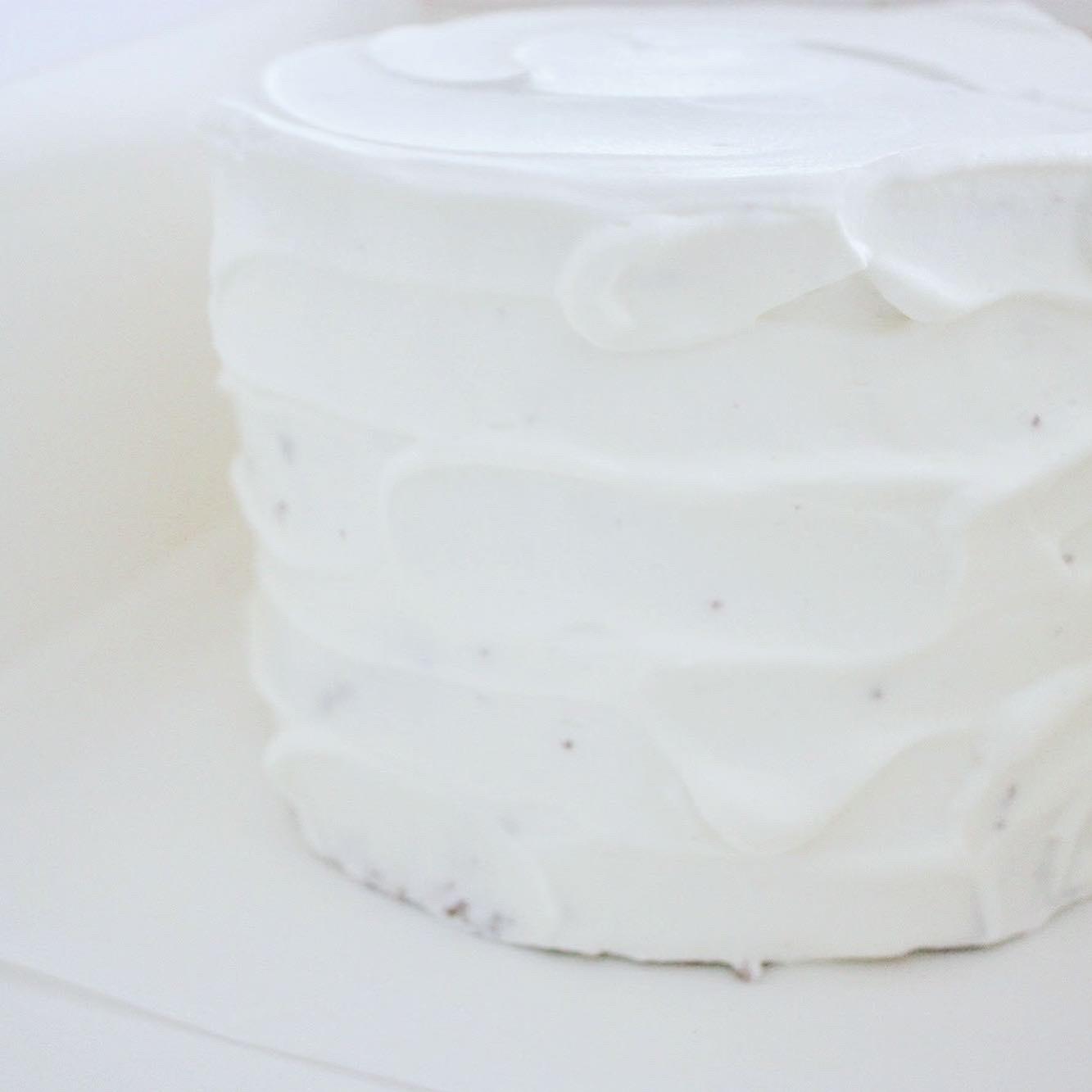 カップルの1000日記念日に合わせてケーキ_d0339705_16481489.jpg