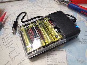 乾電池式携帯充電器をプチ実験電源にプチ改造する_d0106518_17324338.jpg