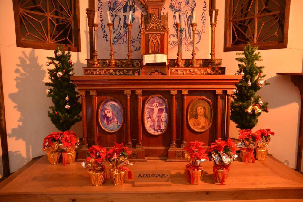聖パウロ教会堂 クリスマス装飾とランプシェード_e0373930_20543029.jpg
