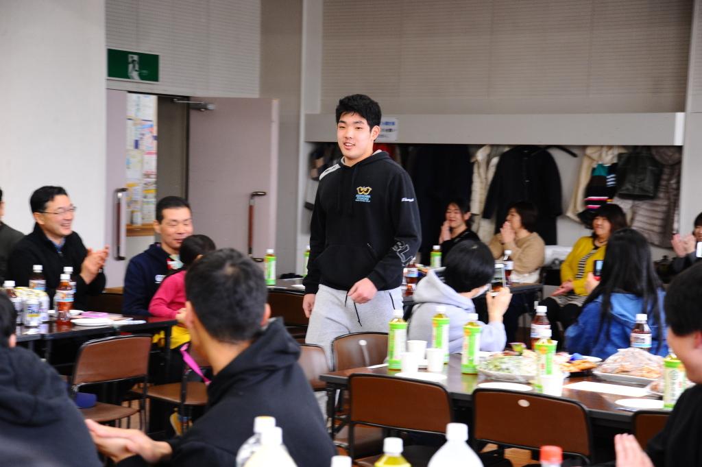 卒部試合&3年生慰労会・写真_c0095835_06450067.jpg