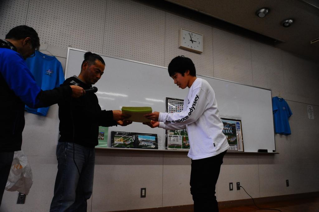 卒部試合&3年生慰労会・写真_c0095835_06453119.jpg