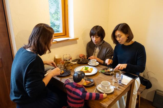 山本稔子さんのクレープ @ 喫茶ムギ_e0369736_17565861.jpg