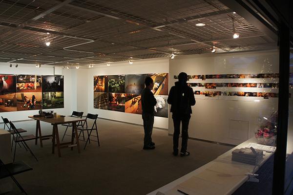 Jun Kawabata 写真展「東京失踪者 TOKYO ALIEN」 開催中です。_f0171840_18101189.jpg