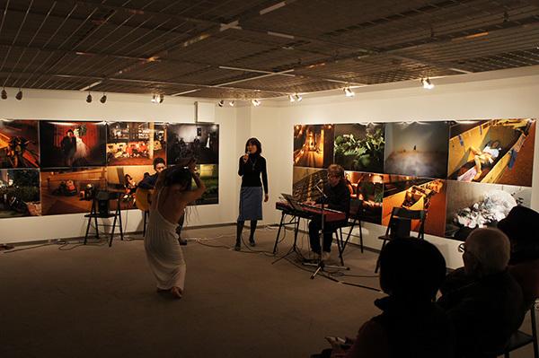 Jun Kawabata 写真展「東京失踪者 TOKYO ALIEN」 開催中です。_f0171840_18110317.jpg