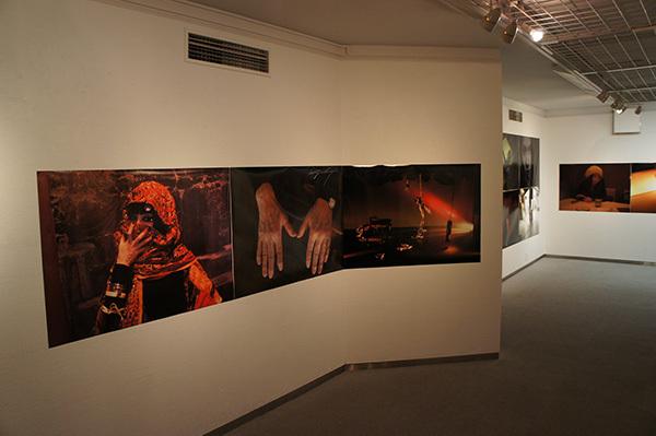 Jun Kawabata 写真展「東京失踪者 TOKYO ALIEN」 開催中です。_f0171840_18574812.jpg