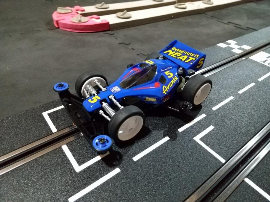 スロットカーミニ四駆用ボディ_f0100844_21514769.jpg