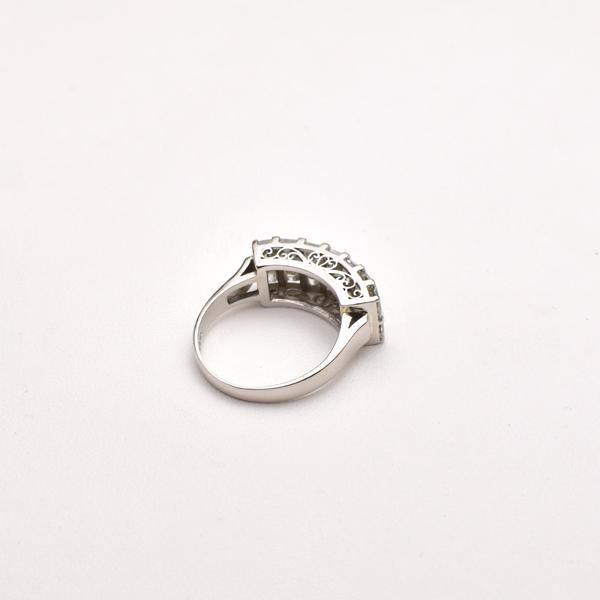 曲がった指輪も大丈夫!_c0346851_16321631.jpg