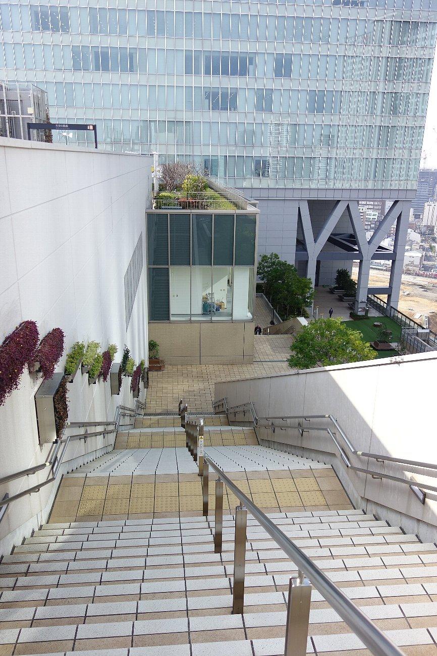 大阪ステーションシティ  天空の農園_c0112559_09060757.jpg