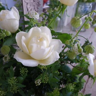オークリーフ花の教室(岡原さんとかさね君の作品)_f0049672_19265766.jpg