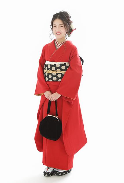 成人式のお客様⑪真っ赤な無地振袖のモダンあでやか着こなし_b0098077_15550055.jpg