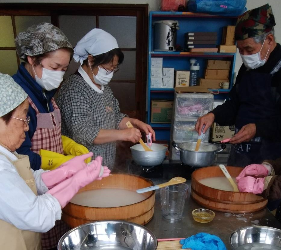 美郷町でチーズ作り_b0270977_21354152.jpg