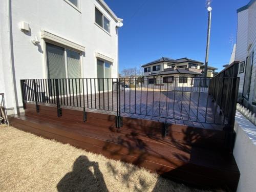wood deck+iron handrail_b0239082_18330150.jpg