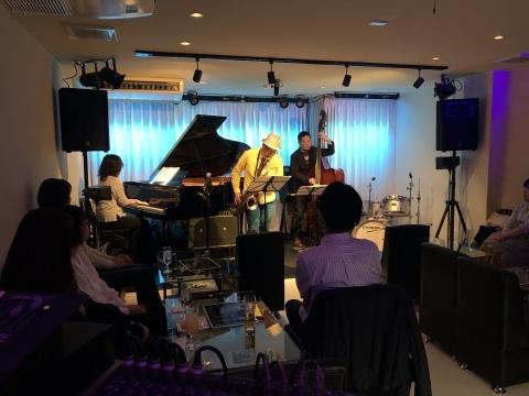 Jazzlive Comin 広島 明日金曜日はスペシャルライブ_b0115606_17181111.jpeg