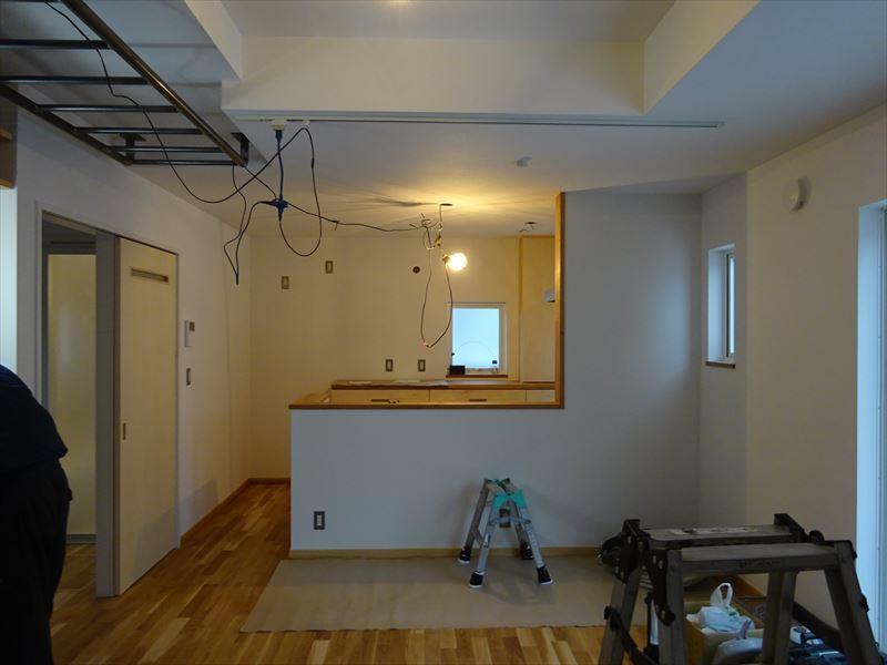 滝沢 穴口の家 施工がほぼ完了です。_f0105112_04153659.jpg