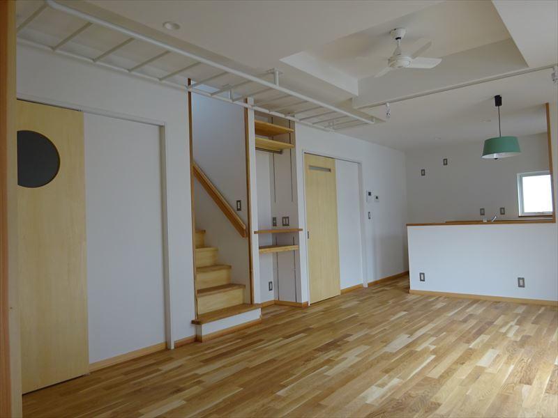 滝沢 穴口の家 施工がほぼ完了です。_f0105112_04261483.jpg