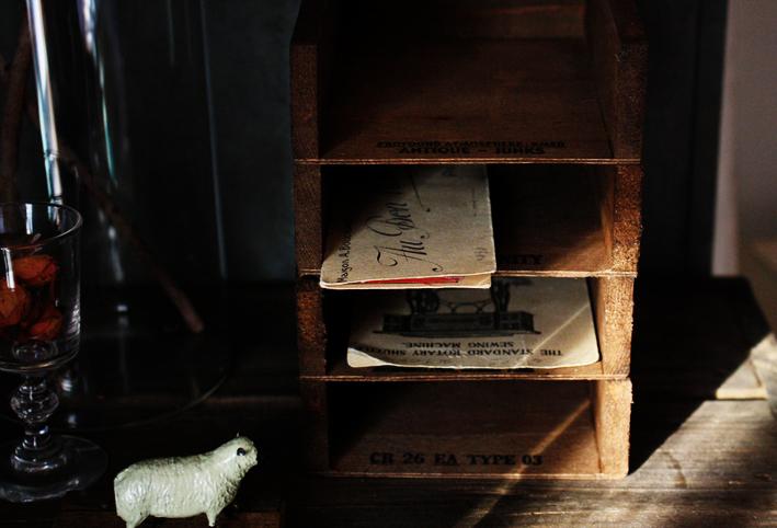 ズバッと!セリアの木箱を切断DIY!_d0351435_06375866.jpg