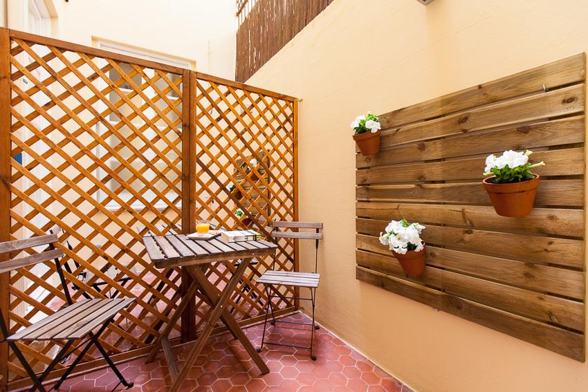 バルセロナのハズレ宿「Ecozentric」_b0305039_02062310.jpg