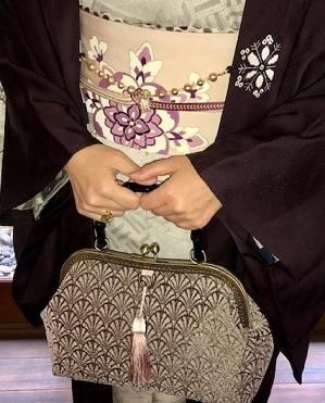 新年会・久子さま・藤井絞羽織・素敵な手作りバッグ。_f0181251_18010103.jpg