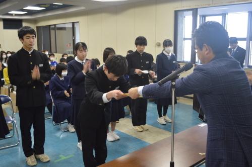 小中学校皆勤賞_d0101562_08382832.jpg