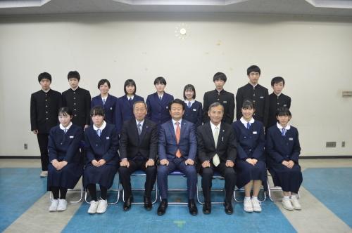 小中学校皆勤賞_d0101562_08385649.jpg