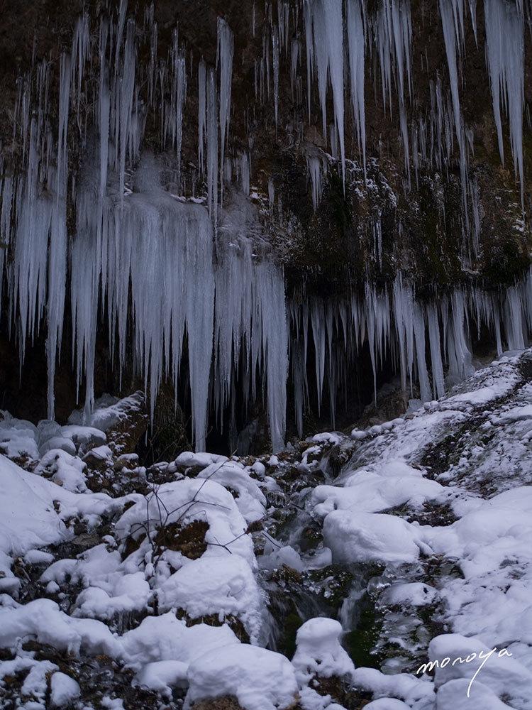 凍る滝_c0085877_00390615.jpg