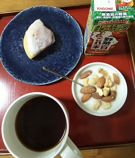 お弁当とかサンマルクカフェとか_d0043390_21091463.jpg