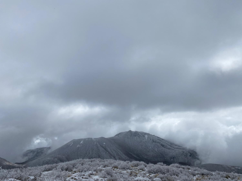 休みがあったら山登りin久住冬〜三股山_f0232994_14341851.jpg