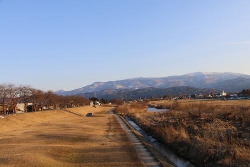 快晴の夕方、米沢キャンパスから撮影しながら自宅へ_c0075701_19560182.jpg