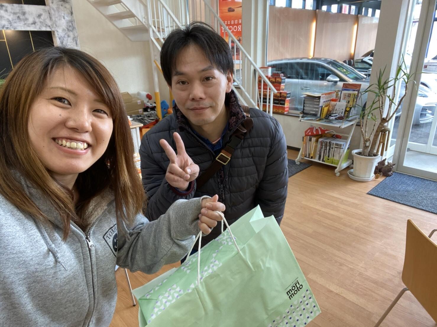 2月21日(金)本店ブログ♫ランクルプラドあります✊ ランクル エスカレード アルファード TOMMY♡_b0127002_19374579.jpg