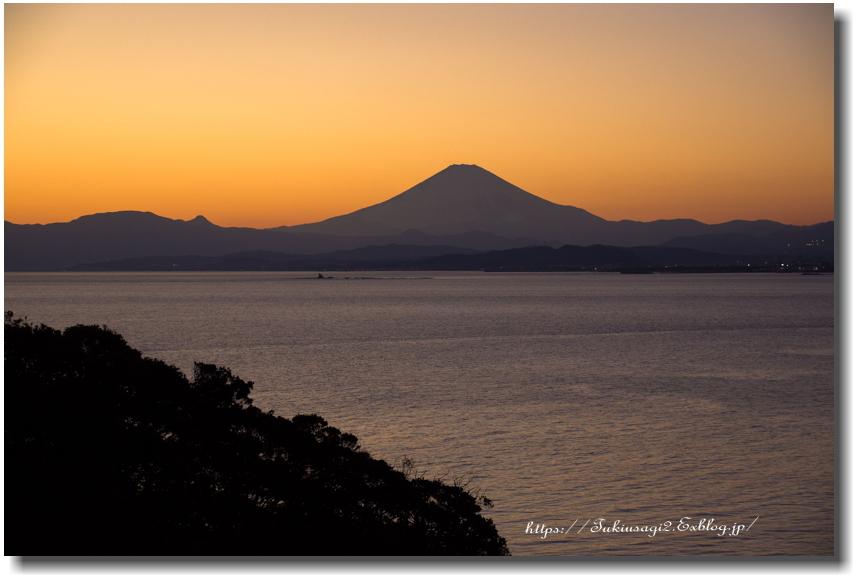 江の島からの夕景_f0356904_19452702.jpg