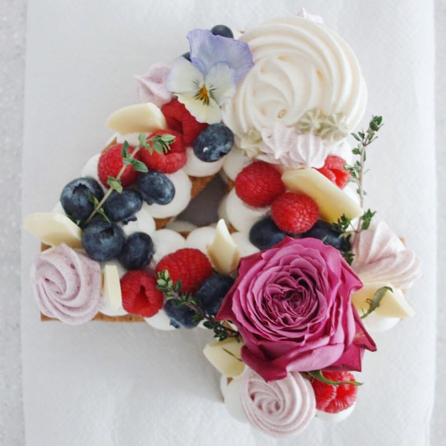 ナンバーケーキ は、4周年記念に_d0339705_23175341.jpg